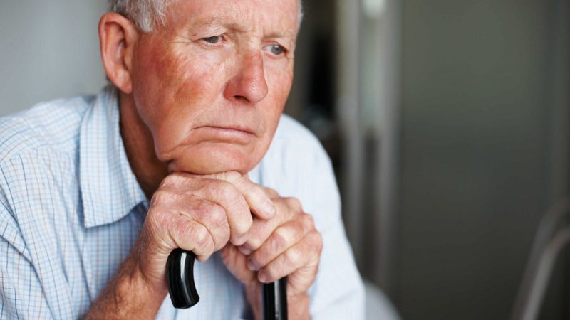 Suy dinh dưỡng ở người cao tuổi mang lại ảnh hưởng gì?